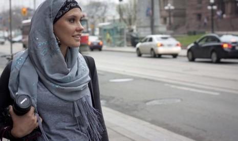 Lisa Vogl Berdakwah dengan Bisnis Fesyen Muslim