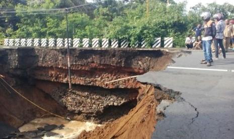 Ratusan Rumah Terendam Banjir di Pangandaran