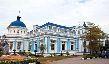 Nuansa Eropa Di Masjid Tertua Di Muar Johor Republika Online