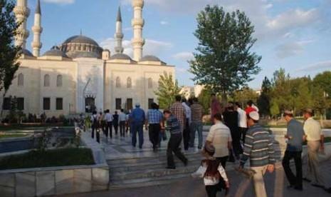 Muslim Finlandia Dapat Beribadah dengan Leluasa