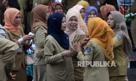 Mendagri Cabut Instruksi yang Atur Penggunaan Jilbab ASN