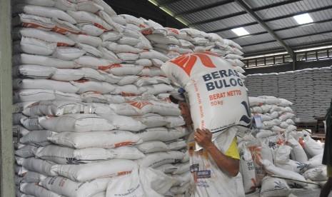 Bulog Lampung Sebut Stok Beras Cukup untuk 12 Bulan