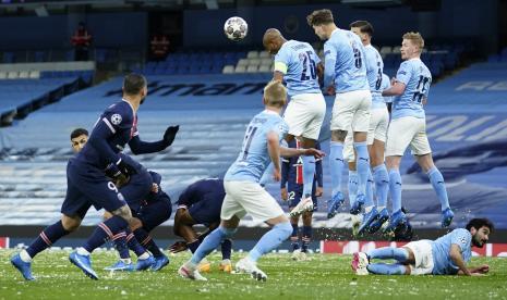 Manchester City Unggul 1-0 atas PSG di Babak Pertama
