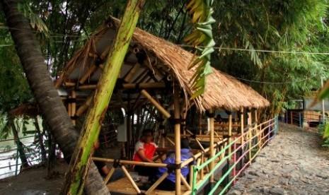 Wisata Hutan Bambu Bekasi Bangkitkan Ekonomi Warga