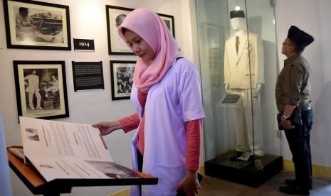 Risma Resmikan Museum WR Soepratman