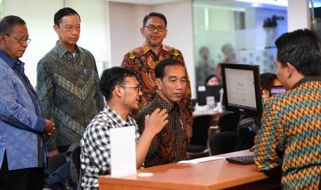 Darmin Harap Kemudahan Perizinan Diikuti Realisasi Investasi