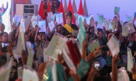 Nenek Musinem: I Love You Bapak Jokowi