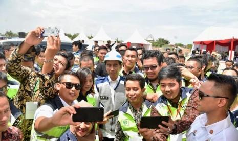 Jokowi Singgung Politik Genderuwo