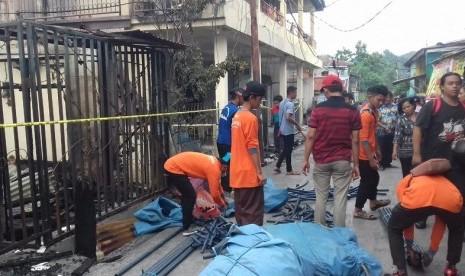 Relawan Rumah Zakat Kirim Bantuan ke Korban Kebakaran