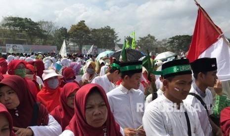 Ribuan Santri Meriahkan Perayaan Hari Santri di Tasikmalaya
