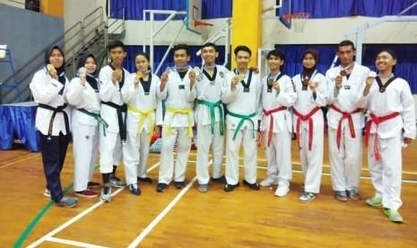 Atlet Taekwondo UBSI Sabet 10 Medali