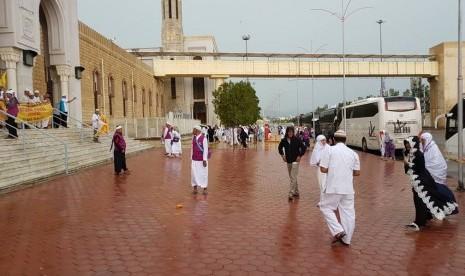 Hendak Kunjungi Tanah Suci Pekan Depan? Waspadai Hujan Lebat