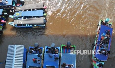 Nekat Mudik Naik Perahu ke Sumbar, Empat Pemudik Hanyut thumbnail