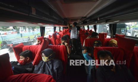 Bus AKAP di Medan Pilih Berhenti Beroperasi thumbnail