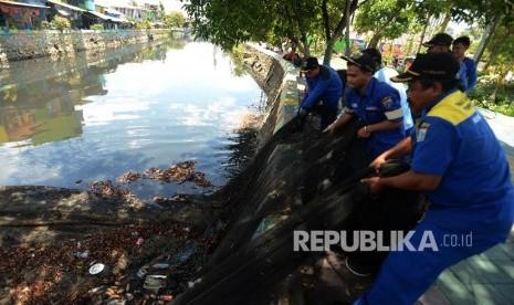 Normalisasi Kali Ciliwung Terkendala