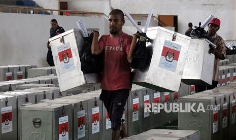 Abaikan Bawaslu, KPU Maluku Utara Tak Coret Cagub Petahana