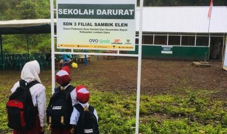Baznas Resmikan 10 Sekolah Darurat di Lombok Utara