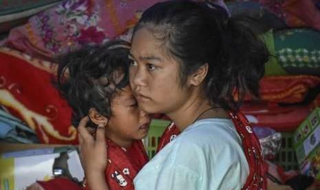 Korban Gempa Sembalum Khawatir Ancaman Musim Penghujan