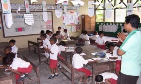 Pemerintah Ingatkan Siswa Jaga Etika kepada Guru