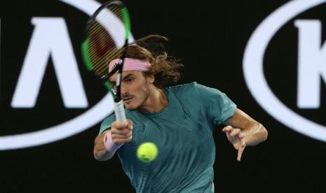 Tsitsipas Ketar Ketir Hadapi Federer