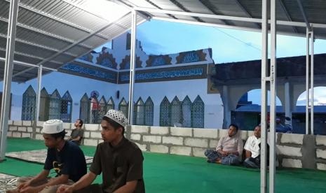 Warga Palu Bangkitkan Lagi Shalat Berjamaah di Masjid