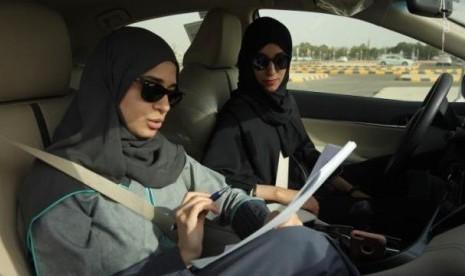 Yuk, Berkenalan dengan Sopir Taksi Perempuan Pertama Saudi