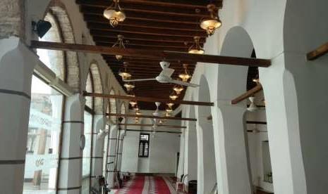 Saudi Akan Renovasi 130 Masjid Bersejarah