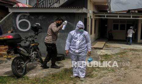 Jumlah Pemeriksaan Sampel Uji Usap Riau Tertinggi di RI thumbnail