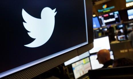 Kritik Trump Lewat Twitter, Pekerja Ini Dipecat