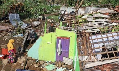 Pemulihan Pascabencana Puting Beliung Capai Rp15 Miliar