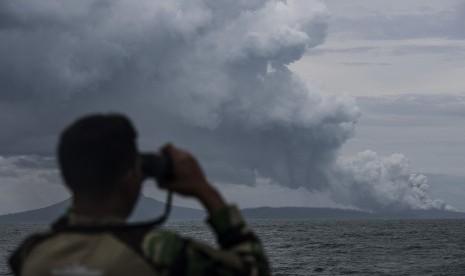 Hari Ini, Gunung Anak Krakatau Meletus 15 Kali