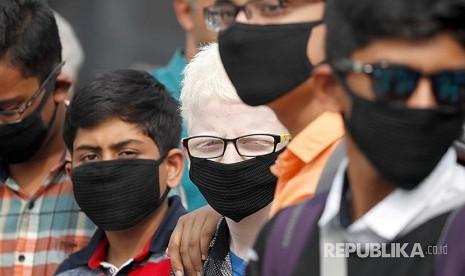 Darurat Polusi, Truk Dilarang Masuk New Delhi
