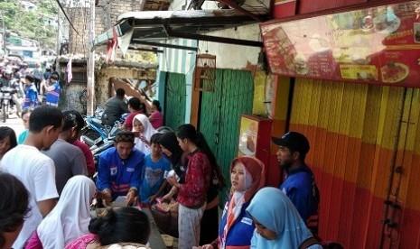 Daarut Tauhid Suplai Makanan untuk Korban Puting Beliung