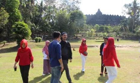 Kesenian Lima Gunung Meriahkan Borobudur Marathon 2018