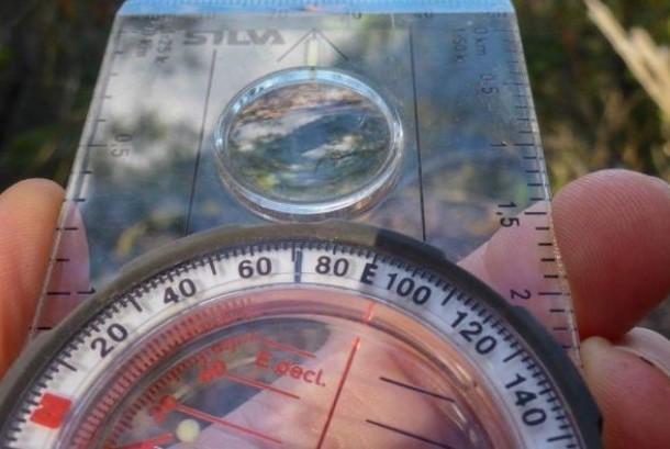 Kompas penunjuk arah