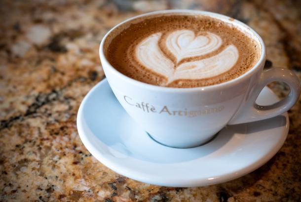 Minum kopi pada waktu yang tidak tepat bisa memberikan efek buruk sulit tidur.