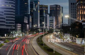 In Picture: Jakarta Kala Senja di Hari Pertama PSBB