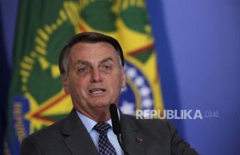 Presiden Brasil Minta Pfizer Percepat Pengiriman Vaksin