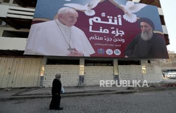 Paus Fransiskus Berdoa di Tanah Kelahiran Nabi Ibrahim