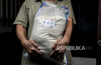 Pemkot Jakpus Salurkan Bantuan Beras untuk 55Ribu Warga