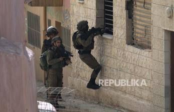 Pemukim Israel Mendirikan Pos di Tanah Palestina