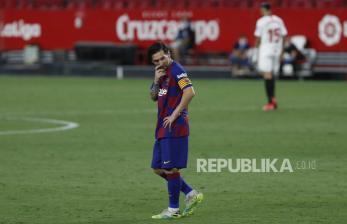 Setien Sebut Kabar Kepergian Messi Pepesan Kosong
