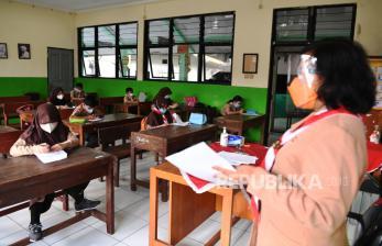 DKI Bantah Temukan 25 Klaster Sekolah di PTM Terbatas