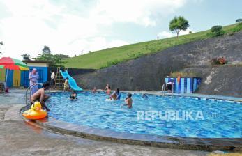 Anak Diare Jangan Diajak Berenang, Ketahui Bahayanya