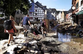 Jerman Darurat Kelola Sampah Usai Banjir