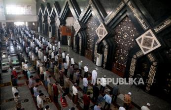 Sholat Jumat di Masjid Jakarta Ditiadakan Hingga 5 Juli 2021
