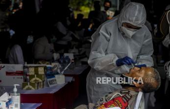 In Picture: Rapid Test  Antigen Polisi di Mapolda Metro Jaya