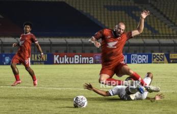 In Picture: PSM Makassar Kalahkan Persebaya 3-1