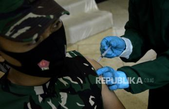 Ribuan Prajurit TNI Divaksinasi Covid-19