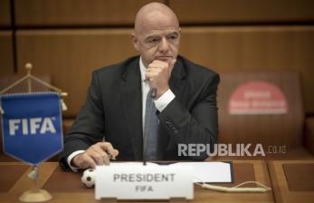 Presiden FIFA Gianni Infaninto Positif Covid-19